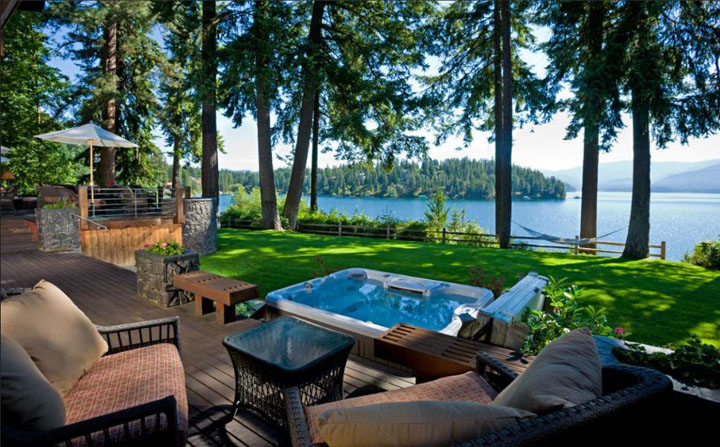 Waterfront Living on Hayden Lake