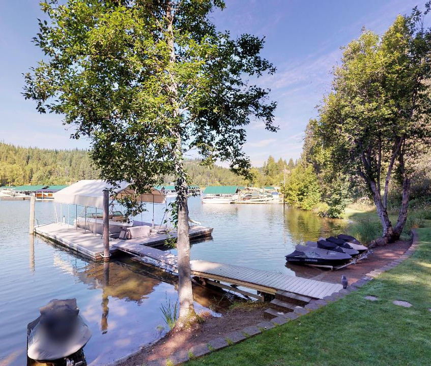 CDA Lake at Rockford Bay