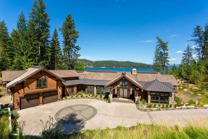 10,000+ sq ft of Luxury Lakefront Living