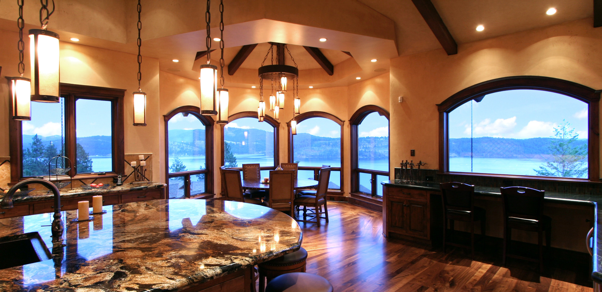 Black Rock Luxury Living in North Idaho