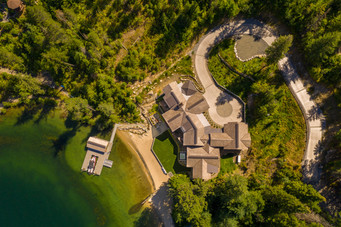 Almost 3 Acres of Privacy