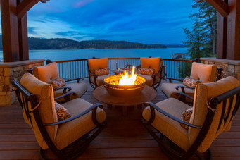Breathtaking Coeur d'Alene Lake Views from the Built-in Gas Firepit