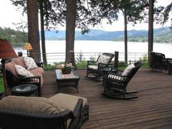Exquisite Hayden Lake Views