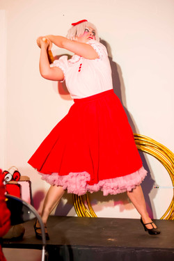 The Merchant Whimsy starring Clara Cupcakes (3)