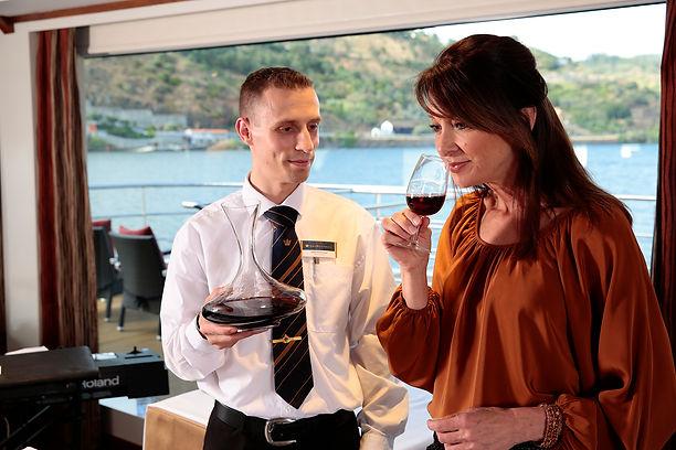 DOURO_VIDA_Onboard Wine tasting copy.JPG