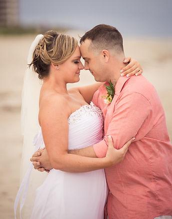 wedding couple at hilton singer island