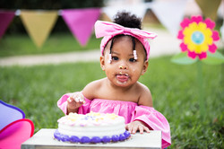 SOPHIE-CAKE-SMASH-FIRST-BIRTHDAY-coastal