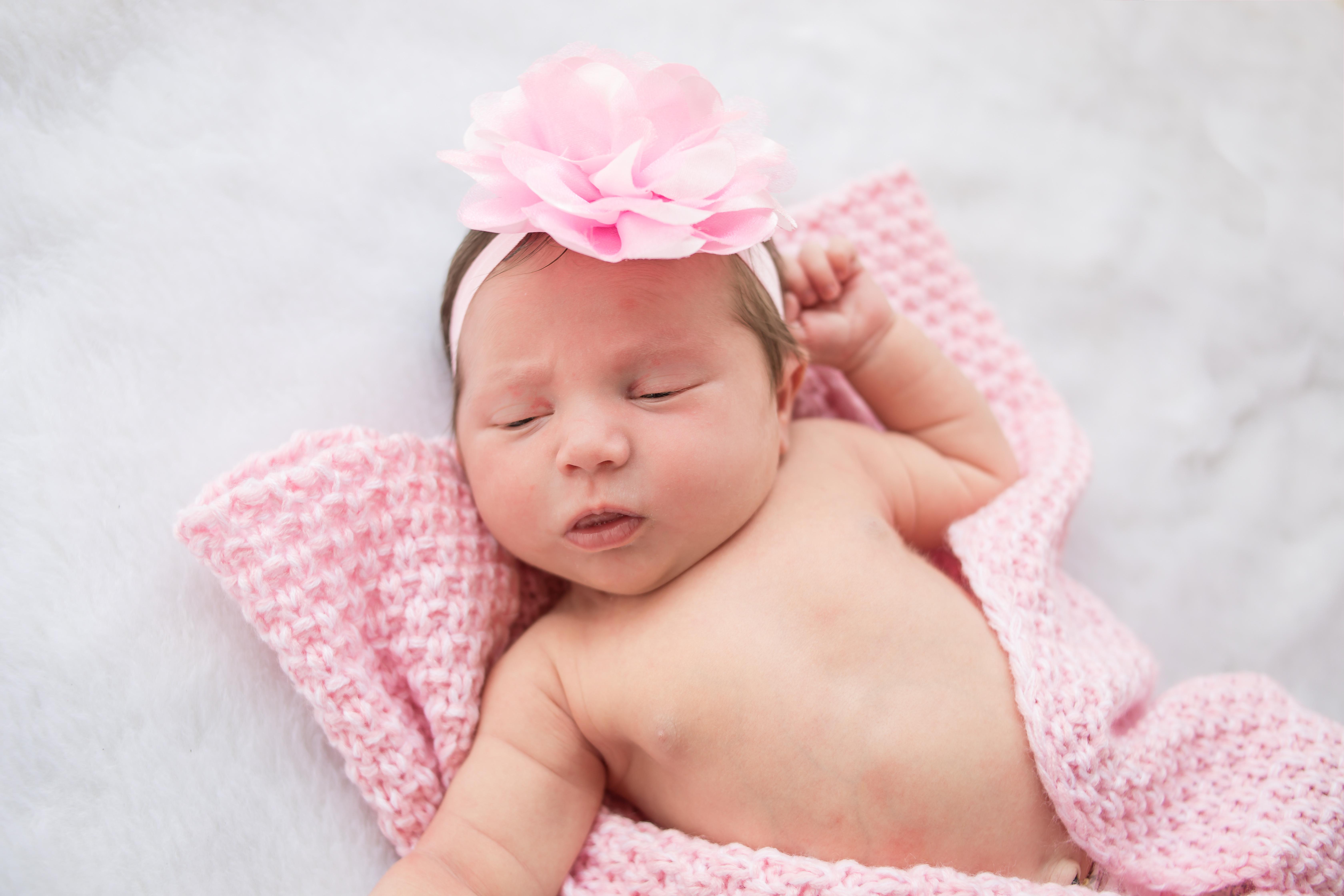 abigail-newborn-coastal-click-photograph