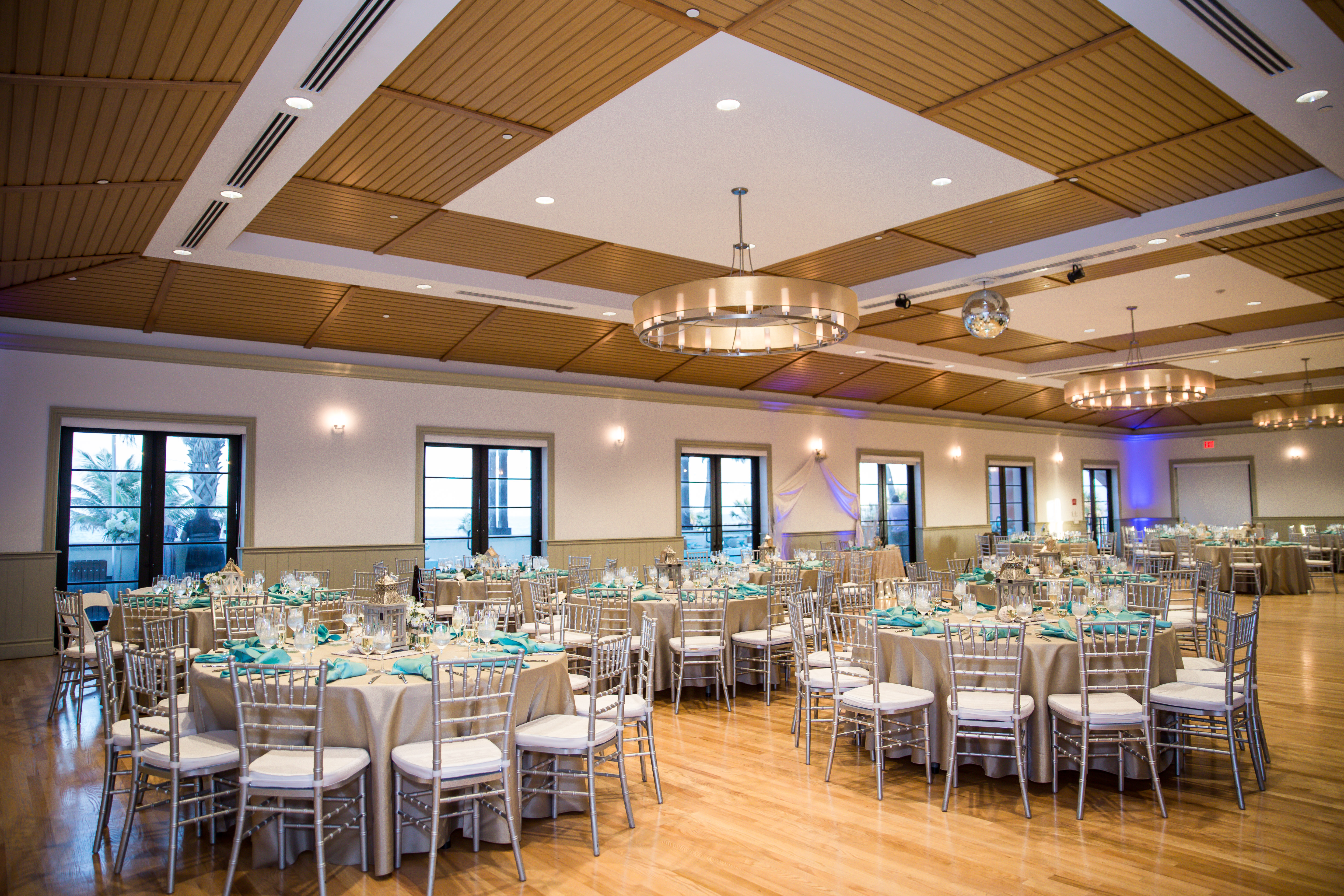 decanto-wedding-lake-worth-casino-ballroom-coastal-click-photography-3192