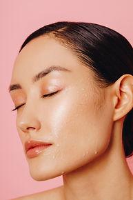 Lumi Glo Hydrated Skin
