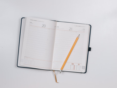 How keeping a diary can help adults learn a foreign language