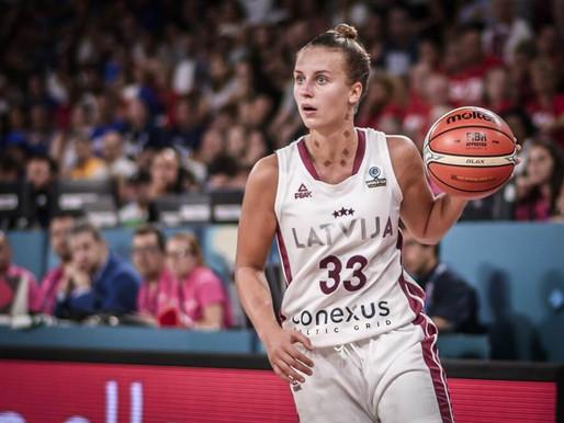 Kitiju Laksu izvēlas WNBA drafta pirmajā kārtā