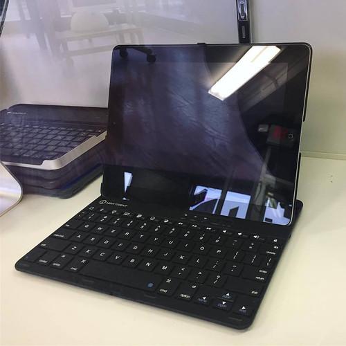 ipad and bluetooth keyboard.jpg