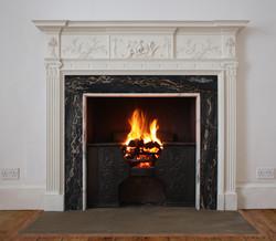 eliz.rbts_fireplace[1].jpg