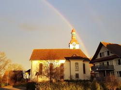 Herbststimmung mit Regenbogen
