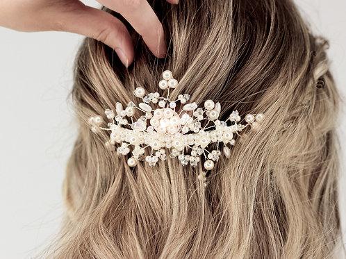 Pente Lu Leão Beauty  com pérolas e cristais