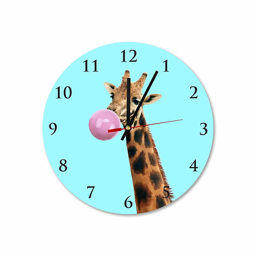 #17 Giraffe with Pink Bubble Gum Round