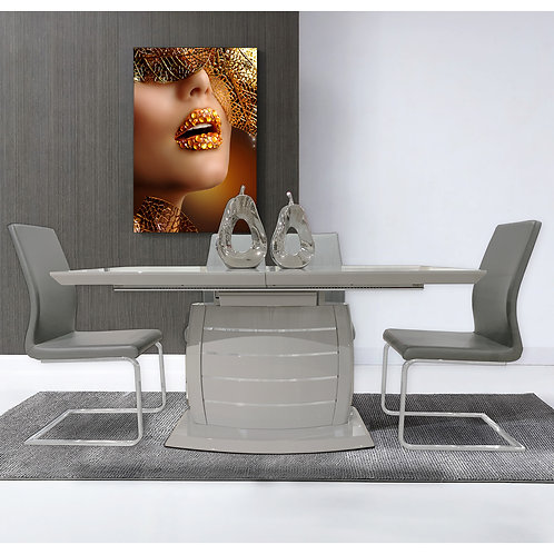 Expandable Gray Table