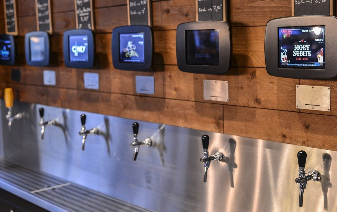 Beerwall Pub Up To You Montigny le Breto