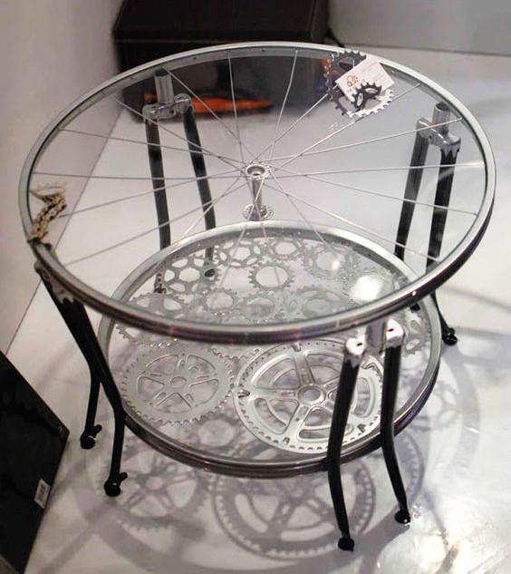 Asztal bicikli kerékből