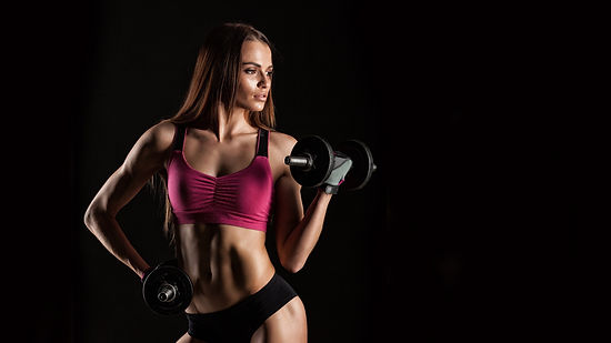 Fitness_Black_background_Brown_haired_Be