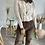 Thumbnail: Pantalon en velours marron boutonné