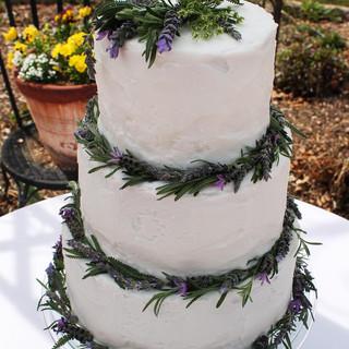 lavender buttercream cake.jpg