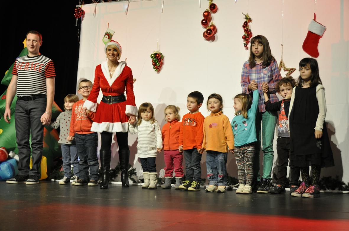 elena et nicolas spectacle pour enfants.jpg