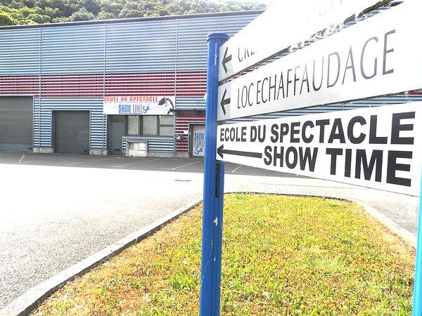 devanture_show_time_école_du_spectacle_b