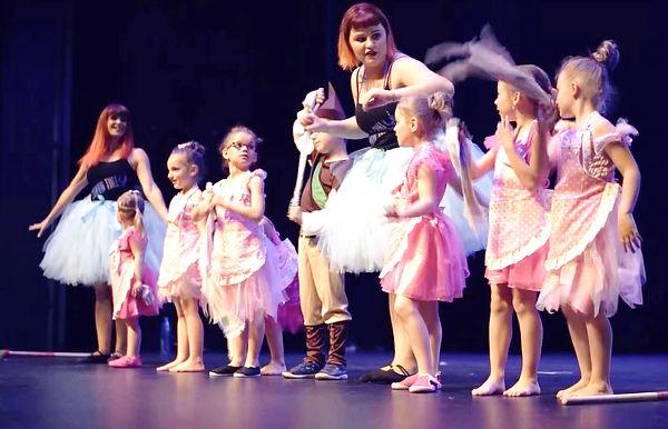 eveil danse enfants bart show time.jpg
