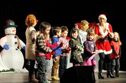 elena chanteuse pour enfants.jpg