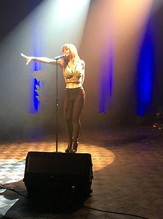 elena de vangelis show time chanteuse cours de chant