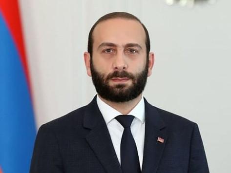 Ararat Mirzoyan fue nombrado Ministro de Relaciones Exteriores de Armenia