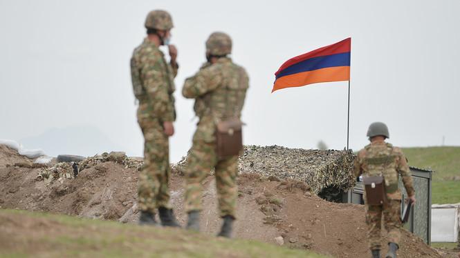 Azerbaiyán atacó posiciones armenias en Artsaj