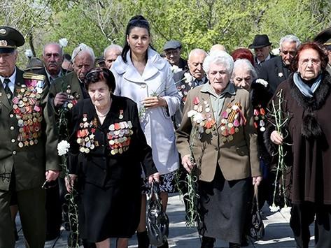Algunas historias de mujeres armenias combatientes en la Gran Guerra Patria