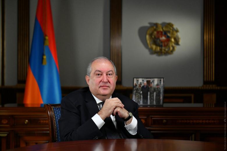 El presidente de Armenia decidió no firmar el pedido de destitución del General Gasparian