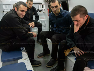 Fueron liberados otros 5 prisioneros de guerra armenios