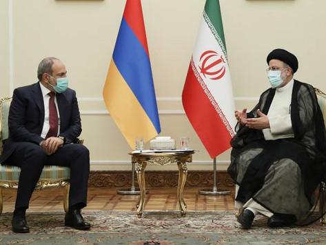 Nikol Pashinian se reunió con el presidente de Irán, Ebrahim Raisi