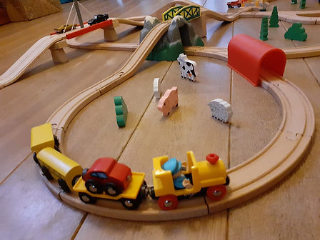 circuit train en bois brio 2.jpg