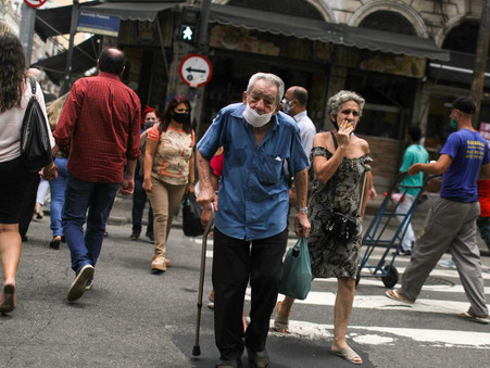 População brasileira chega a 213,3 milhões de pessoas em 2021; SC tem 7,3 milhões