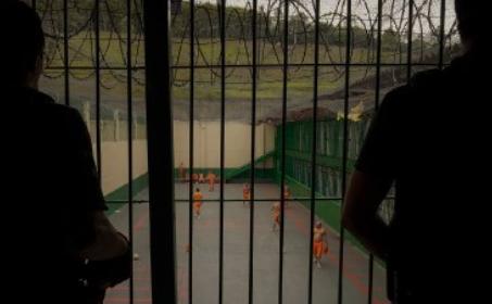 DILEMA LEGAL: Manter ou não manter na cadeia presos condenados em Santa Catarina