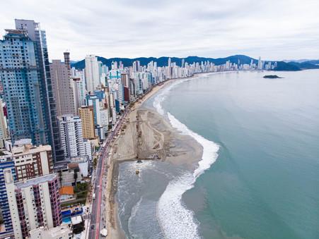 Faixa de areia de Balneário Camboriú: que o day after seja glorioso, sem as dúvidas de agora