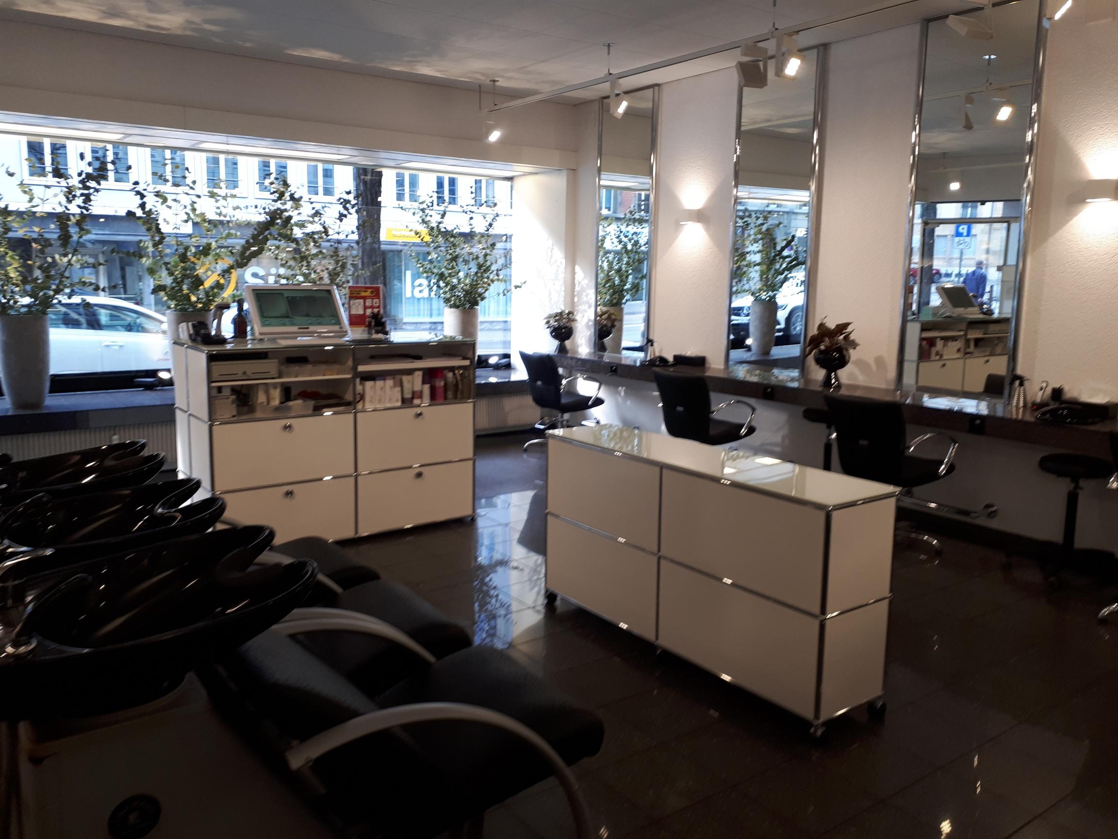 Salon Vogue Hair P2