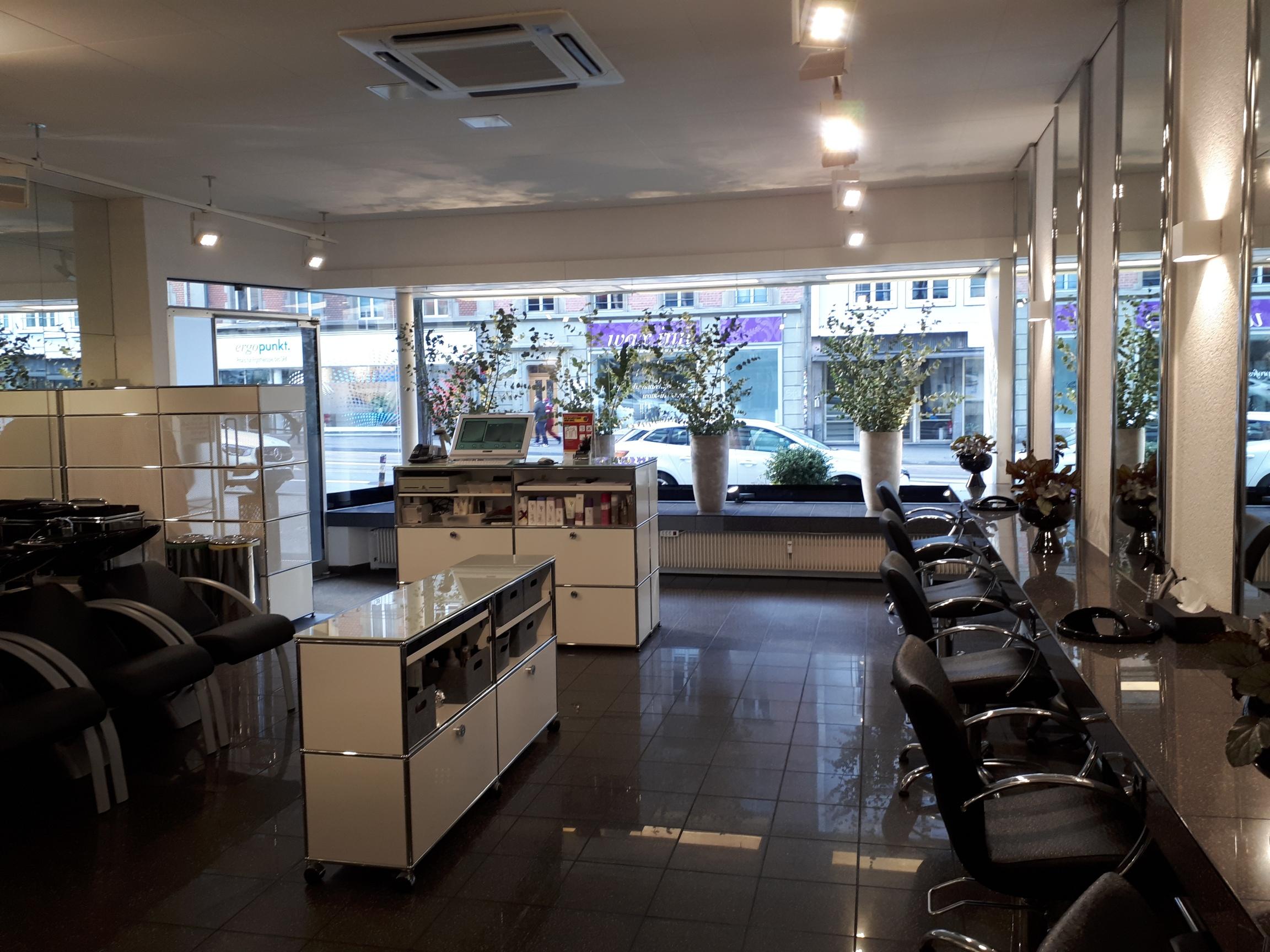 Vogue Hair Salon 1