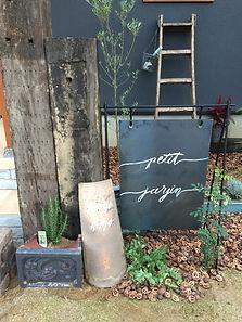 copain de garden コパン手作りの看板。ローズマリーを植えて。