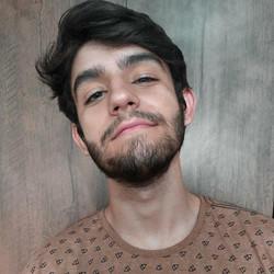 Albert Medeiros de Paula