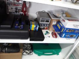 Ferramentas elétricas, fontes e aparelhos de medição
