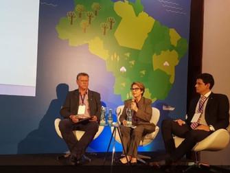 Tereza Cristina diz a exportadores que governo vai melhorar o seguro-rural