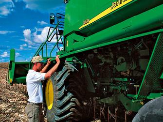 Por que é importante fazer seguro dos implementos agrícolas?