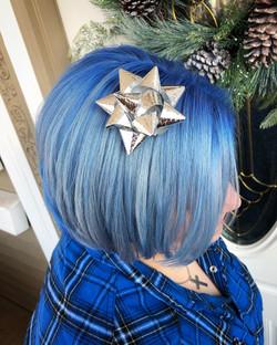 BLUE-ANNYTHEPAINTER-2